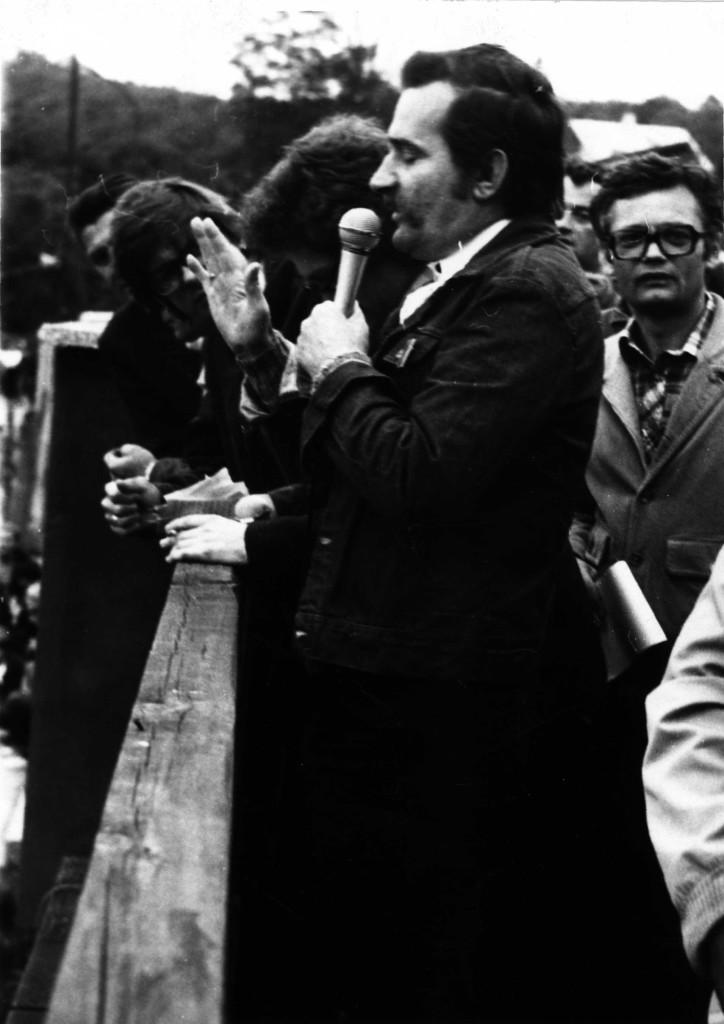 1981_0050f Wałęsa  wiec